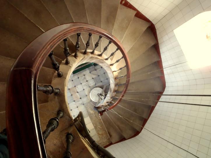 Escaleira de caracol da lanterna do faro de Ons