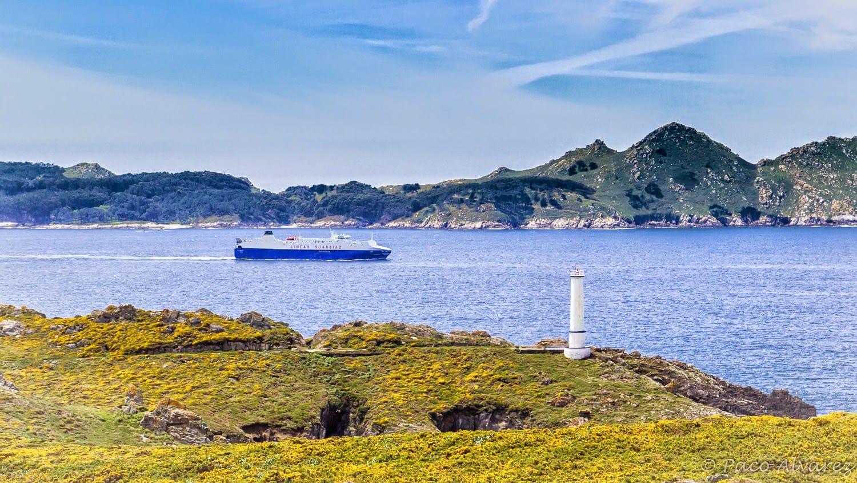 Saíndo pola boca norte da ría de Vigo
