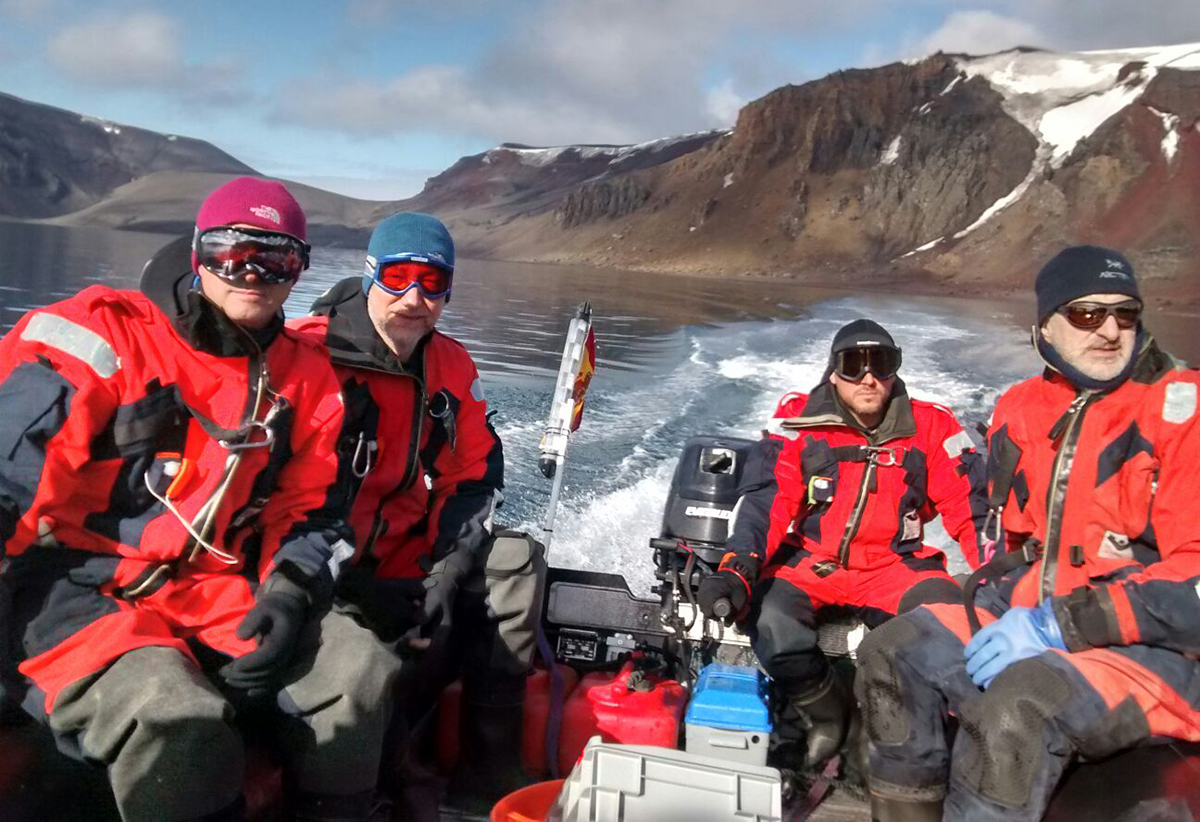 A expedición antártica regresou á casa cos deberes ben feitos