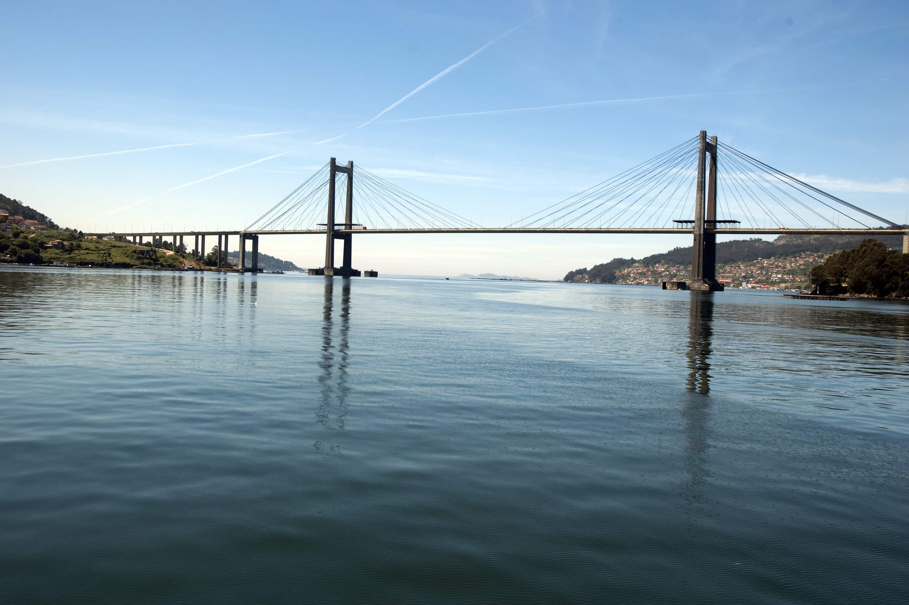 Ponte de Rande, perspectivas dende o mar